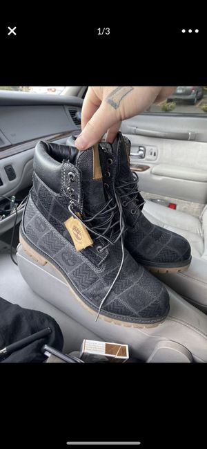 Timberland boots size 9 worn twice for Sale in Beaverton, OR