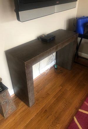 Croc console table with nailhead trim for Sale in Jessup, MD