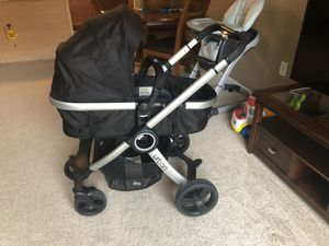 Chicco Urban stroller + car seat for Sale in Maple Grove, MN