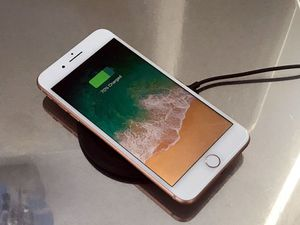 ((T-Mobile and MetroPCS)Rose gold IPhone 8 Plus for Sale in Altoona, IA