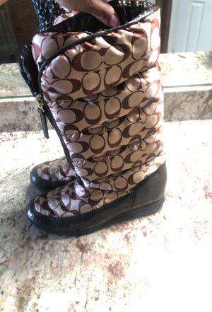 Women's size 8 1/2 coach rain/winter boots for Sale in Houston, TX