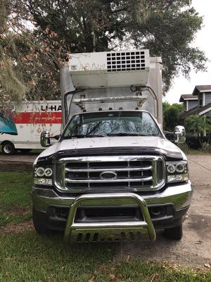 2001 ford f450 14ft freezer truck for Sale in Plant City, FL