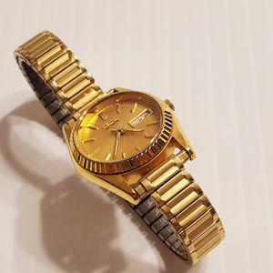 Women's Seiko Gold Plated Watch Day/Date 7N83-0049 for Sale in Cupertino, CA