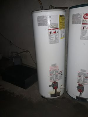 Water heater General electric 50 galones gas for Sale in Bloomington, CA