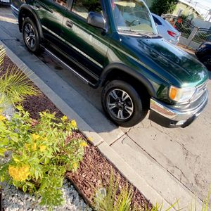 2000 4 Runner for Sale in Carson, CA