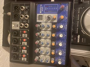 Mivic's 6 channel miver for Sale in Miami, FL