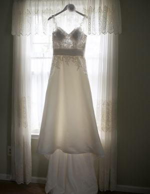 White One/W1 San Patrick Wedding Dress for Sale in Upper Darby, PA