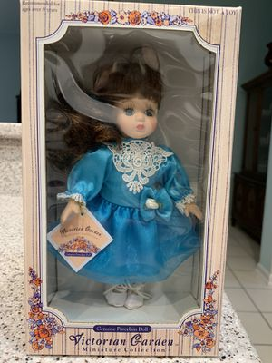 Collectors Porcelain Doll for Sale in Pooler, GA