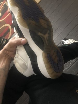 Jordan 11's concourse size 8 1/2Beaters for Sale in Allentown, PA