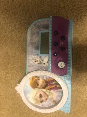 Disney Frozen Alarm Clock for Sale in Lockport, NY