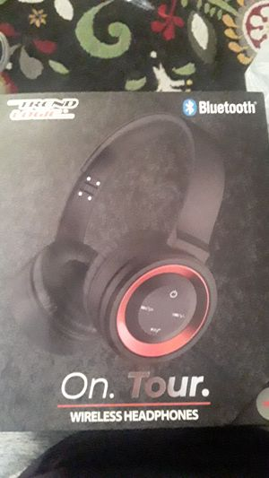 Trend Logic On Tour Bluetooth Headphones for Sale in San Diego, CA