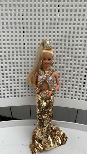 Bob Mackie Gold Barbie 1990 for Sale in Alsip, IL