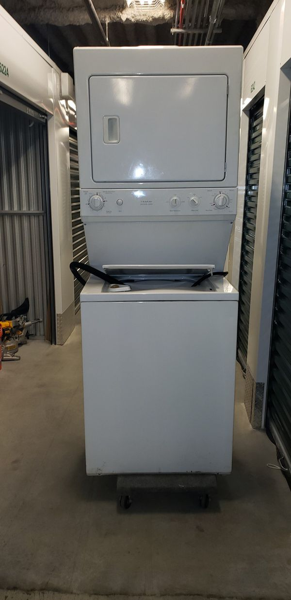 One piece washer and dryer unit