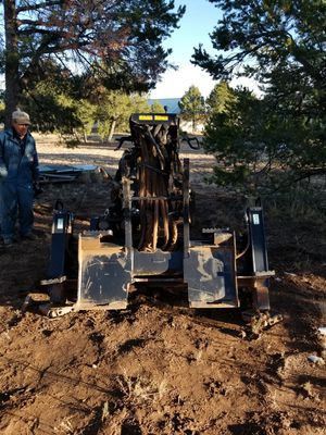 Cat brand back hoe attachment for skidsteer model BH160 for Sale in Mountainair, NM