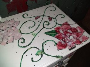 Dresser with roses on it for Sale in Wichita, KS
