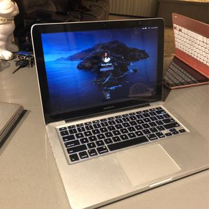 """13"""" MacBook Pro Base Model OBO for Sale in Vista, CA"""