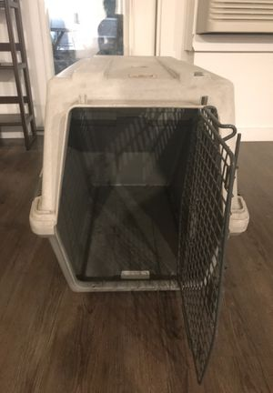 Small/medium dog crate for Sale in Boise, ID