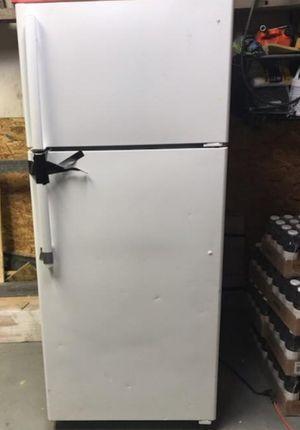 General Electric Refrigerator for Sale in Philadelphia, PA