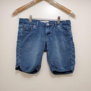 Girls LEVIS Jean bermuda size 12 Regular for Sale in Herndon, VA