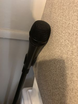 Mic and stand for Sale in Riverside, CA