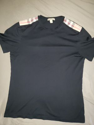 Burberry t shirt for Sale in Lincoln Acres, CA