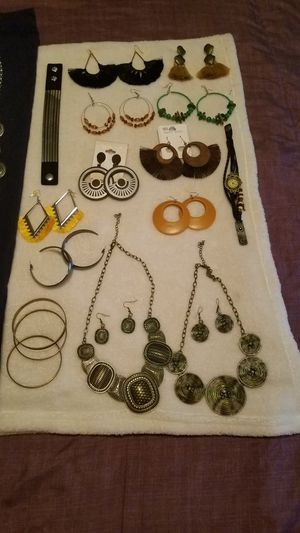 Jewelry for Sale in Washington, DC