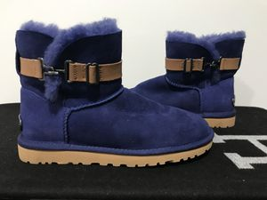 UGG boots size 6 New for Sale in Herndon, VA