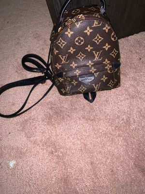 Mini Louis Vuitton bag for Sale in Atlanta, GA