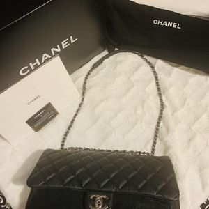 Chanel Flapbag for Sale in Artesia, CA