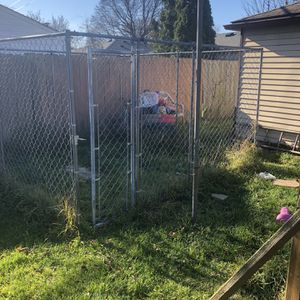 Dog Kennel for Sale in Taylor, MI