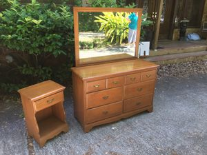 DOUBLE DRESSER AND BEDROOM SET for Sale in Tarpon Springs, FL