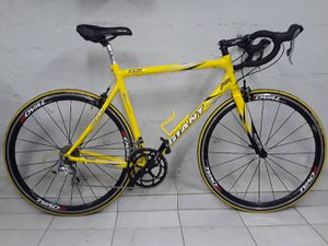 Giant TCR Men's Road Bike 54cm for Sale in Brooklyn, NY