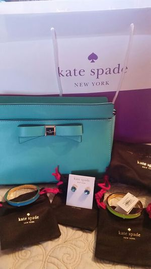 Brand new never worn Kate spade Bag/ jewelry!! for Sale in Bloomingdale, IL