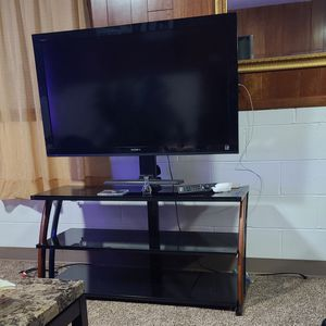 50 inch Sony tv + Stand for Sale in Grand Rapids, MI