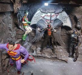 Detolf shelf Size Batcave For Batman Figures for Sale in Sacramento,  CA