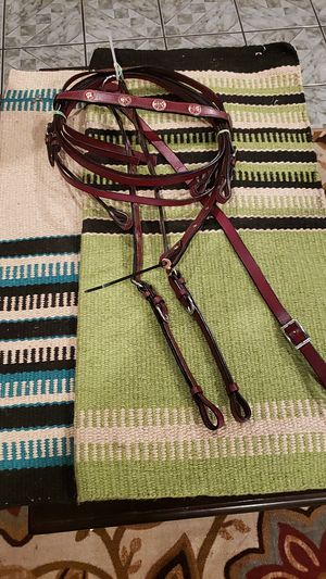 Briddle set and breast collar set and 2 navajo saddle blankets for Sale in Long Beach, CA