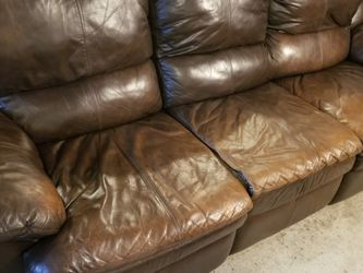 Leather Double Recliner for Sale in Coraopolis,  PA