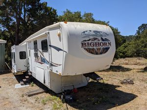 RB 5th wheel for sale. 18k or bto for Sale in Salinas, CA