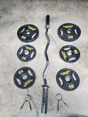 Olympic curl weight set..110lbs all together for Sale in Hesperia, CA