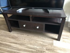 Wooden TV stand for Sale in Orlando, FL
