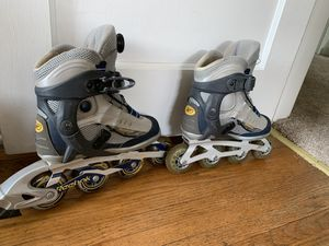 Women's rollerblades size 6 for Sale in Minneapolis, MN