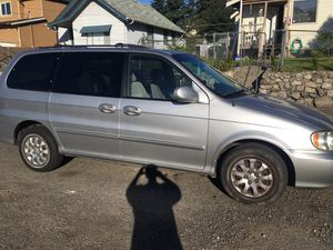 2004 Kia Sedona minivan for Sale in Tacoma, WA