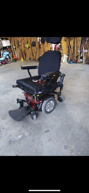 chair for disabled for Sale in Chicago, IL