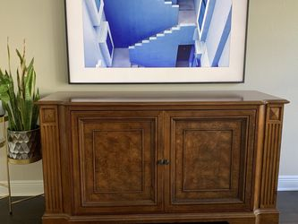 Ethan Allen Media Console for Sale in Tampa,  FL