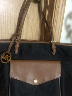 Micheal Kors Nylon And Leather Tote Purse for Sale in Battle Ground,  WA