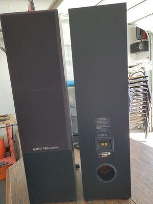 2 Speakers- digital pro audio for Sale in Desert Hot Springs, CA