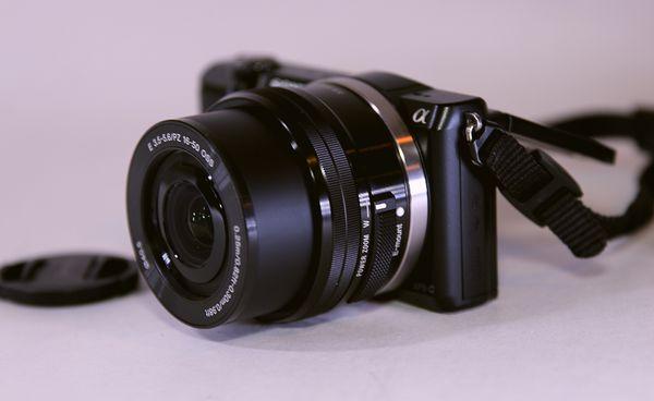Sony Alpha a5000 20.1MP WiFi Digital Camera - Black (Kit w/ E PZ OSS 16-50mm Lens)