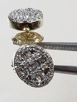 Brilliant cut 0.25 carat diamonds 14k yellow gold screw back settings brand new stud earrings for Sale in Arlington, TX