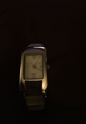 Quarts Timepiece. Watchcuff. Mother of Pearl. Beautiful. for Sale in Anchorage, AK
