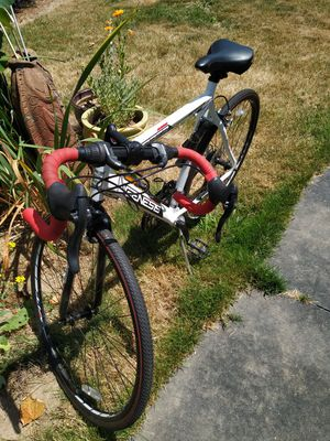 Road Bike for Sale in Woodburn, OR